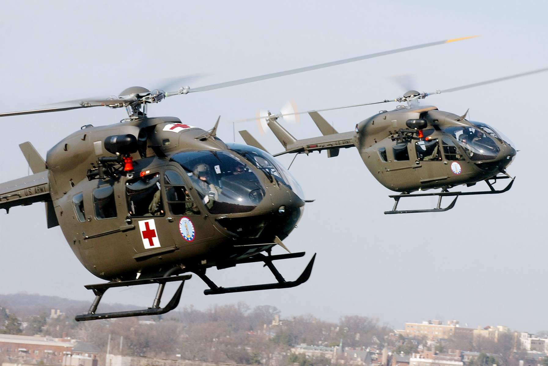​Вертолёты UH-72A Lacota http://commons.wikimedia.org/wiki/File:121st_Medical_Company_fly_UH-72A_Lakota_helicopters.jpg?uselang=ru - Таиланд планирует заказать вторую партию вертолётов UH-72A | Военно-исторический портал Warspot.ru