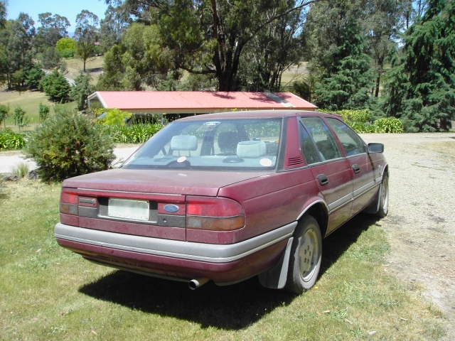 File Ford Fairmont Ea Ii Ghia Sedan Jpg