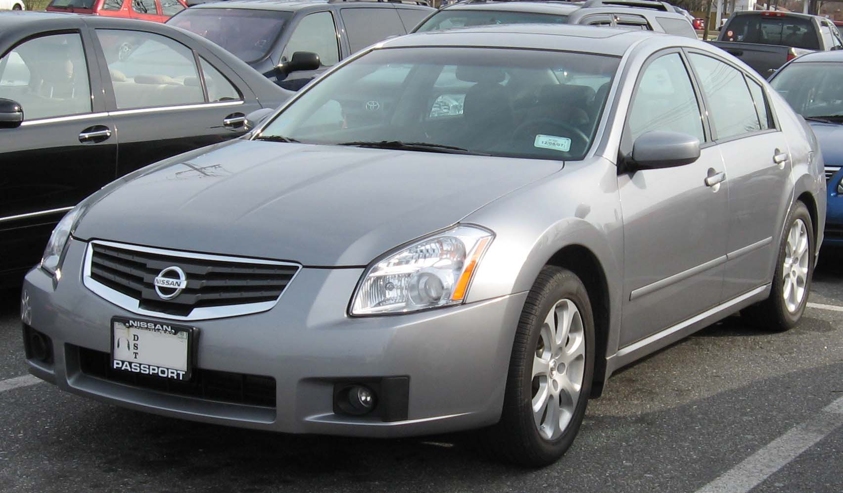 Description 2007NissanMaxima.jpg