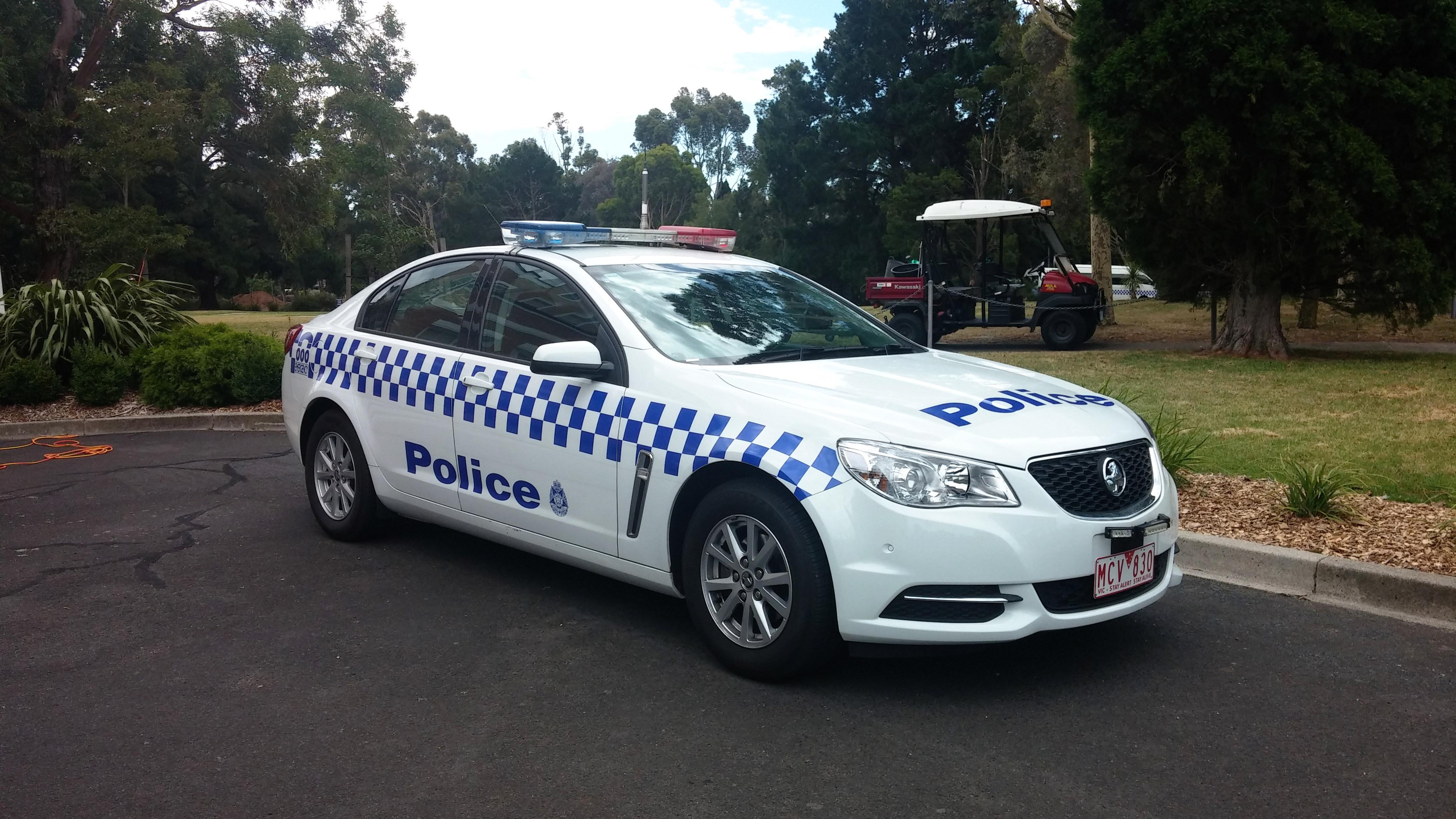 File 2014 Holden Commodore Vf My14 Evoke Sedan Victoria