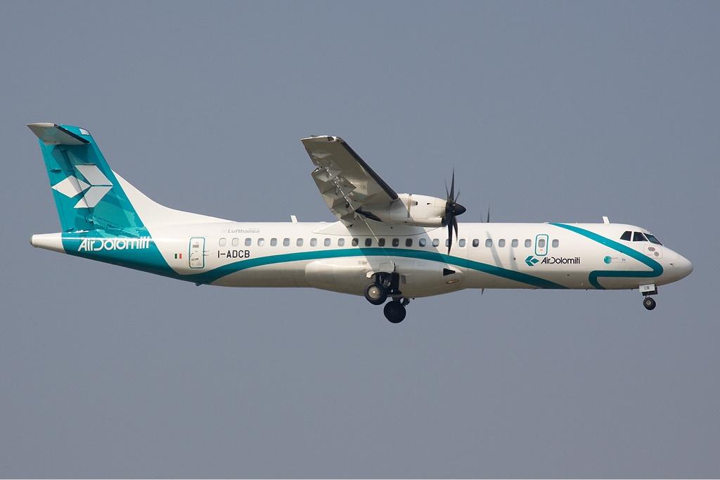 File:Air Dolomiti ATR 72-500 Olivati-1 jpg - Wikimedia Commons