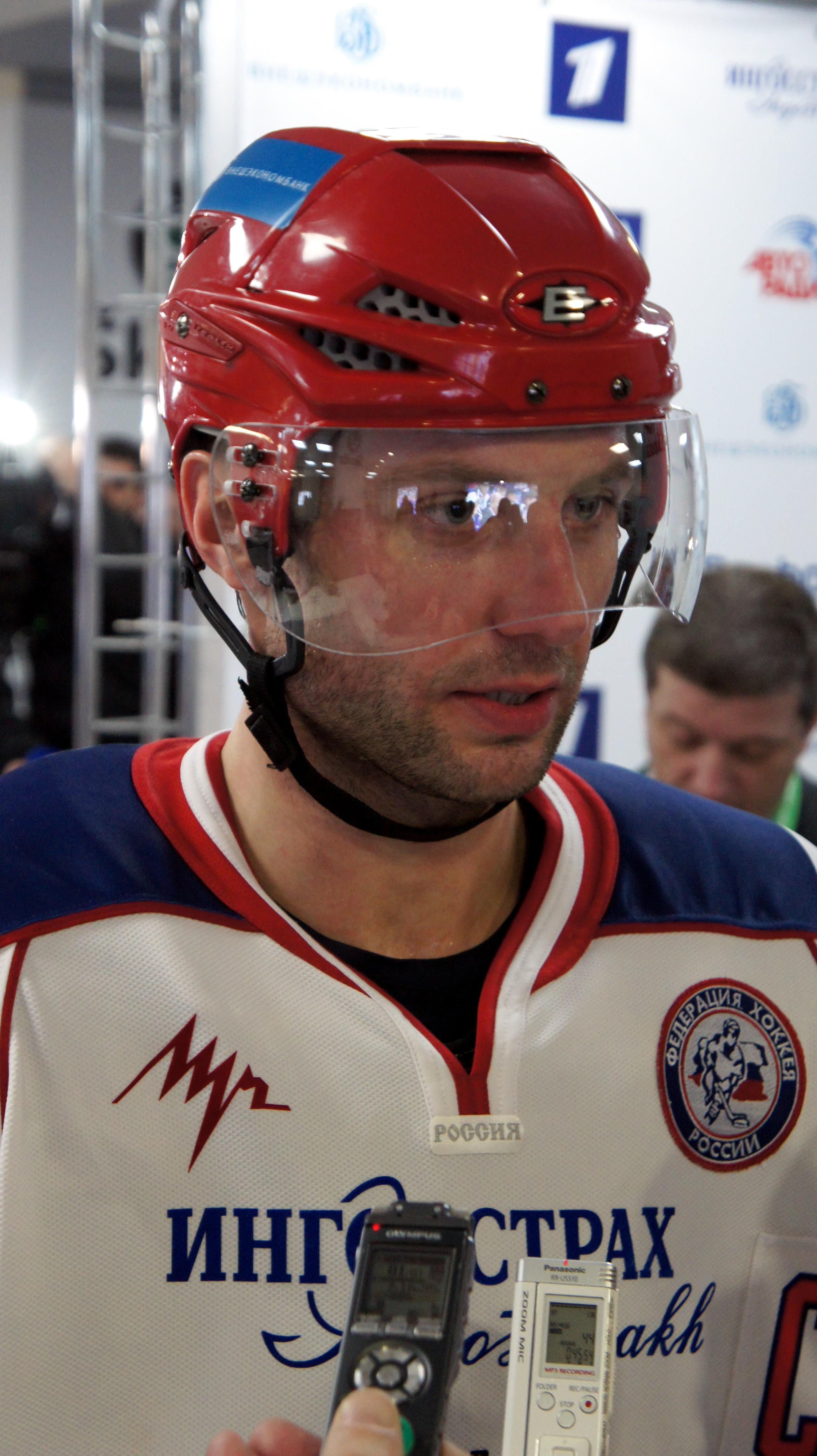 Danis Zaripov. Russian hockey player, Metallurg (Magnitogorsk). Biography