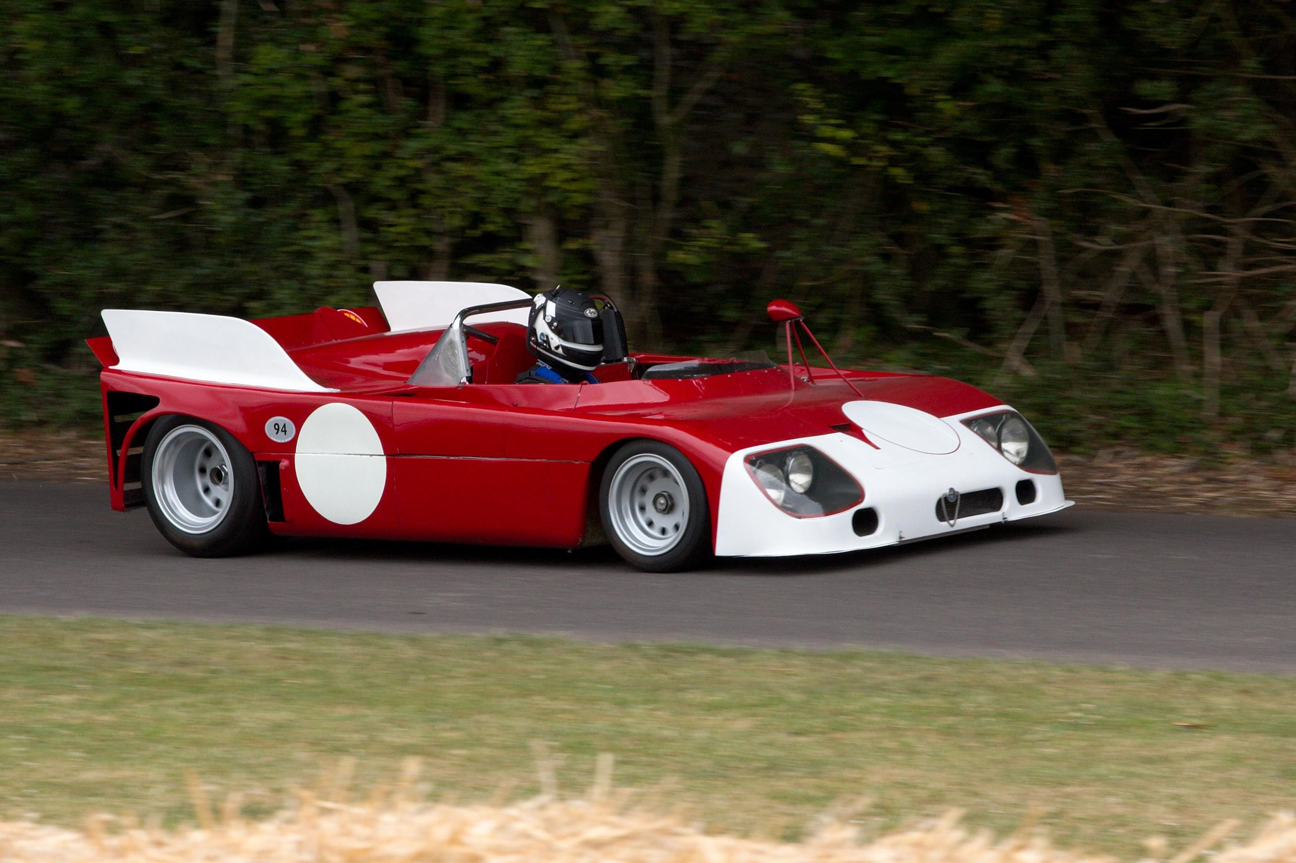 Alfa_Romeo_Tipo_33_TT3_-_Flickr_-_andrewbasterfield.jpg