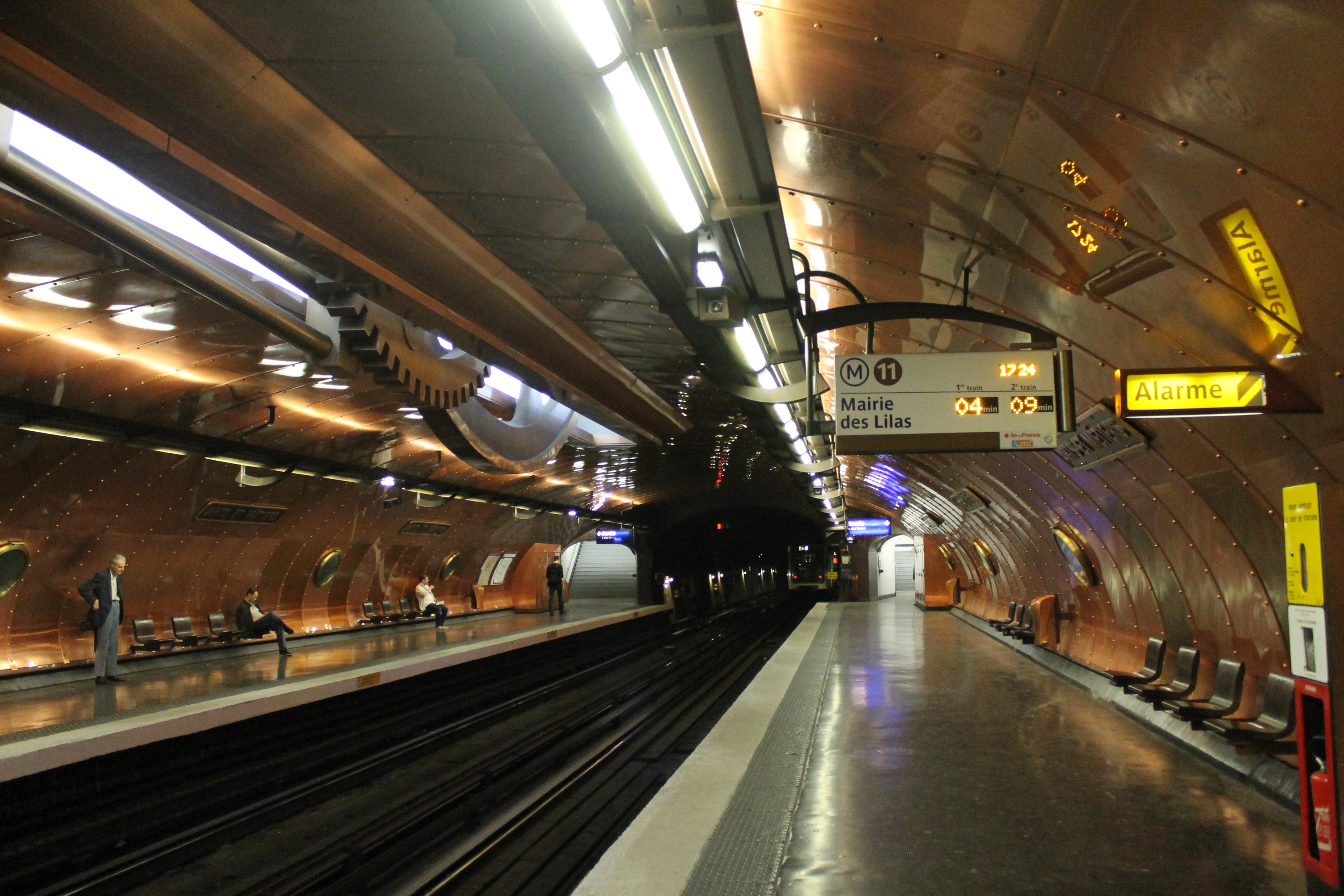 File arts et metiers metro station paris july - Maison arts et metiers ...