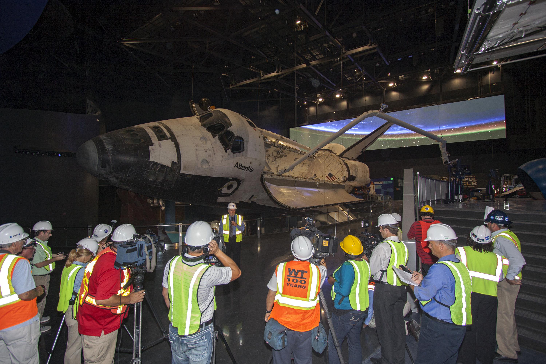 size of space shuttle atlantis - photo #28