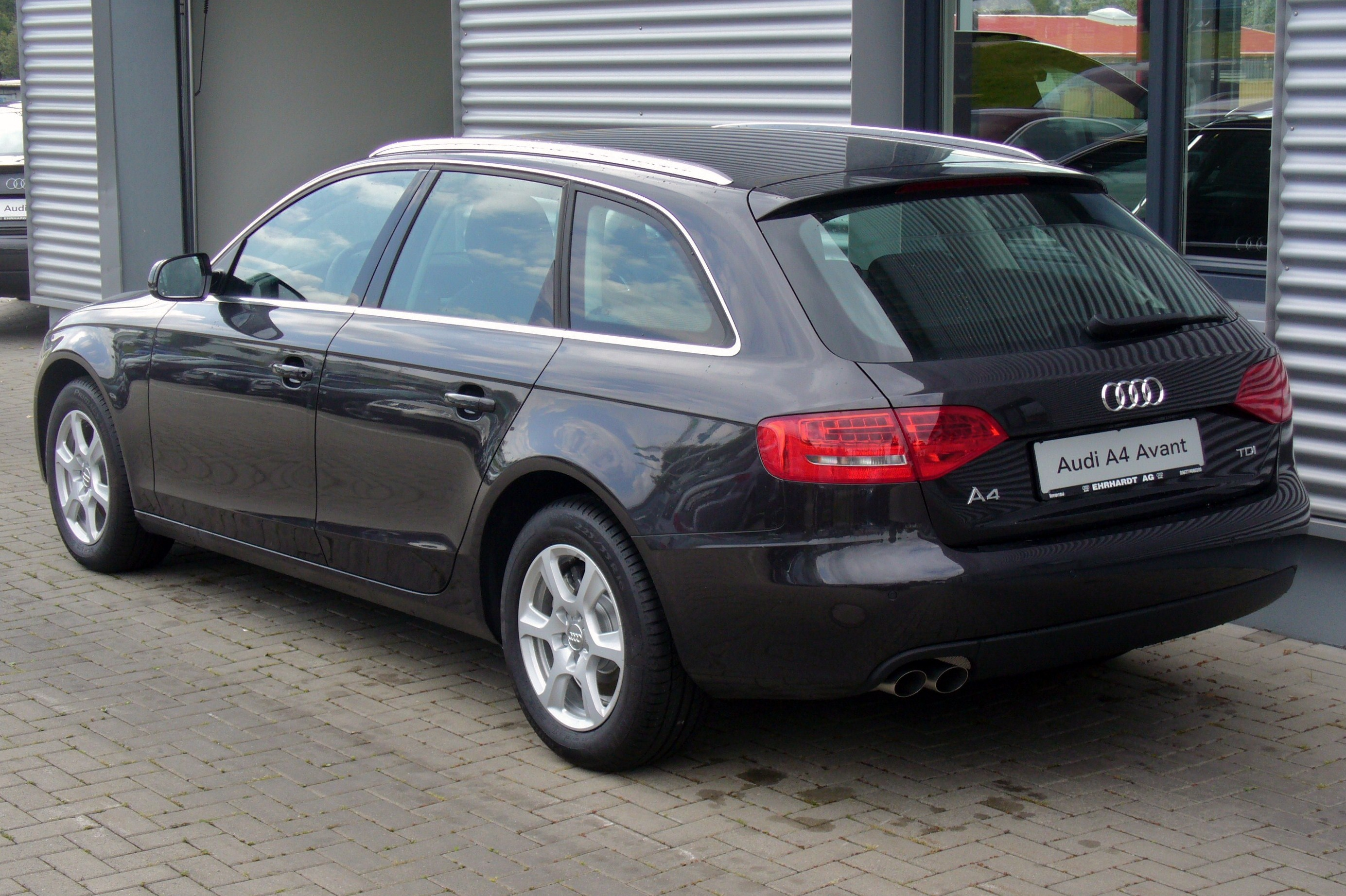 file audi a4 avant attraction 2 0 tdi lavagrau heck jpg wikimedia commons. Black Bedroom Furniture Sets. Home Design Ideas