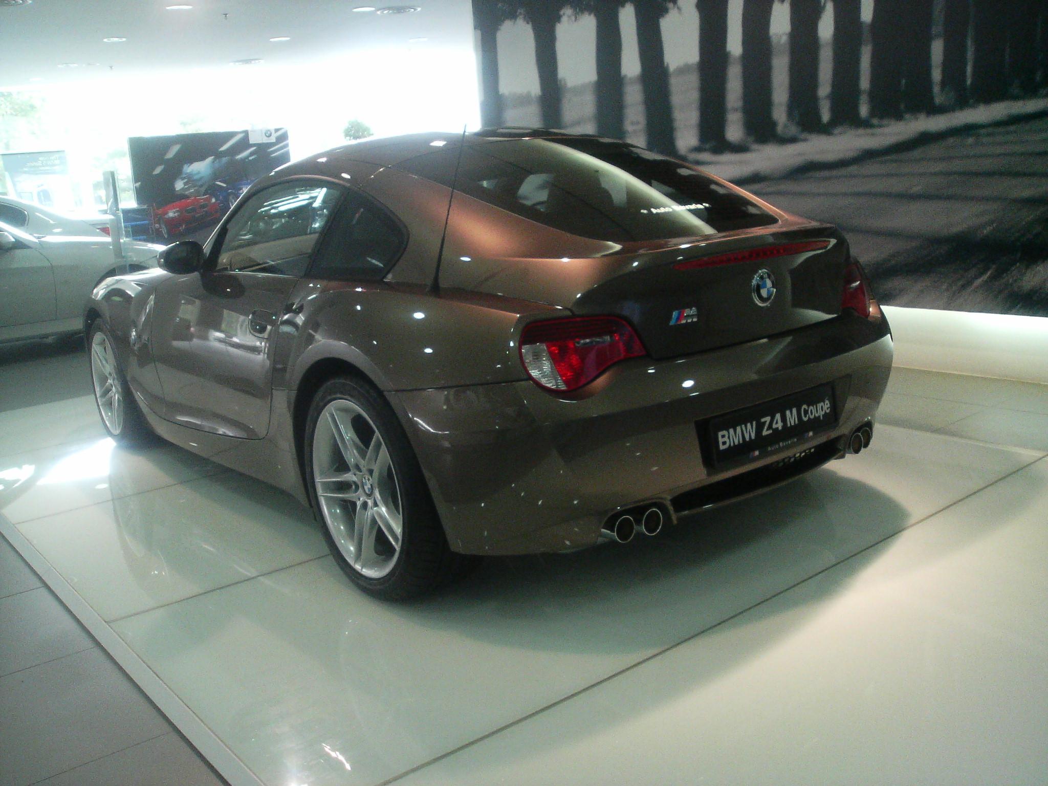 File Bmw Z4 M Coupe Rear Jpg Wikimedia Commons
