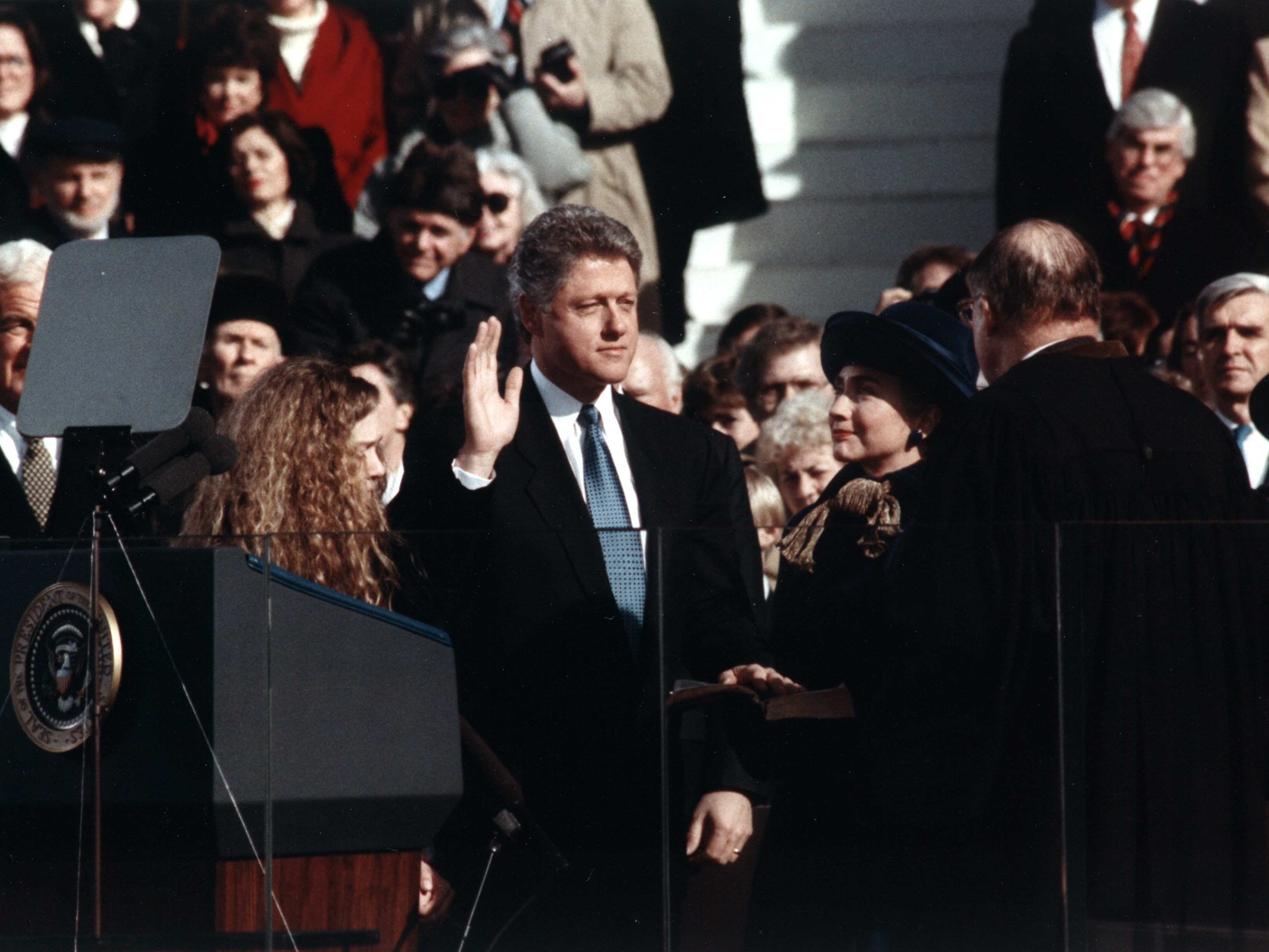 File:Bill Clinton taking the oath of office, 1993 (cropped).jpg