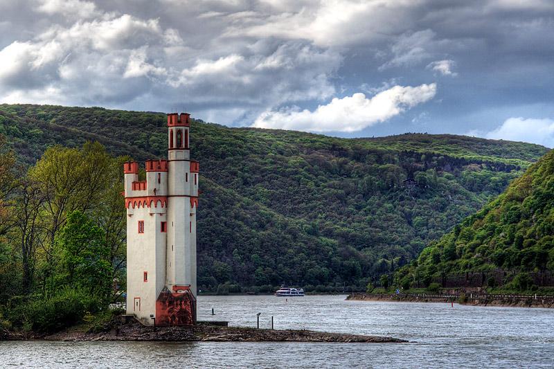Мышиная башня (Mäuseturm) на Рейне. Бинген, земля  Рейнланд-Пфальц, Германия.