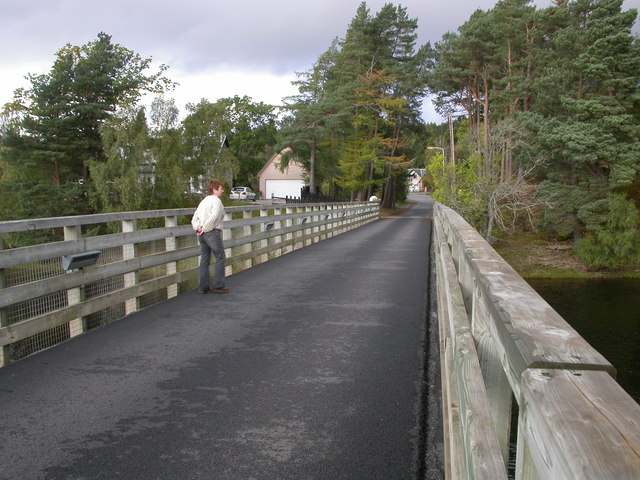 Bridge over the Spey at Kincraig - geograph.org.uk - 707120