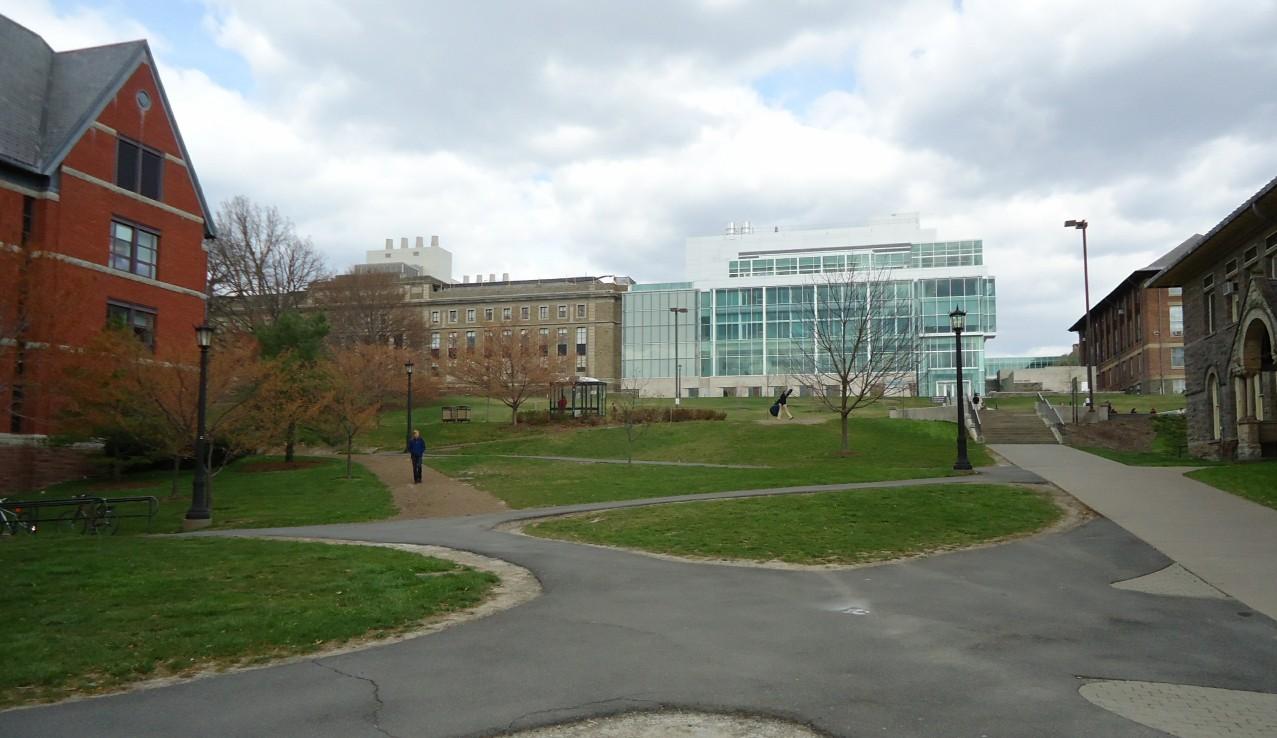 File:Campus setting between buildings at Cornell University.jpg ...