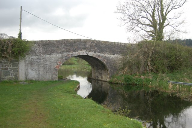 Canal Bridge on Montgomery Canal - geograph.org.uk - 781927