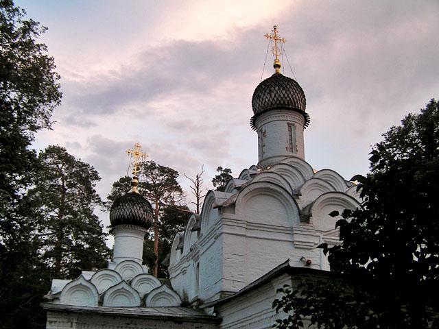 File:Church Mihail Arhangel.JPG - Wikimedia Commons