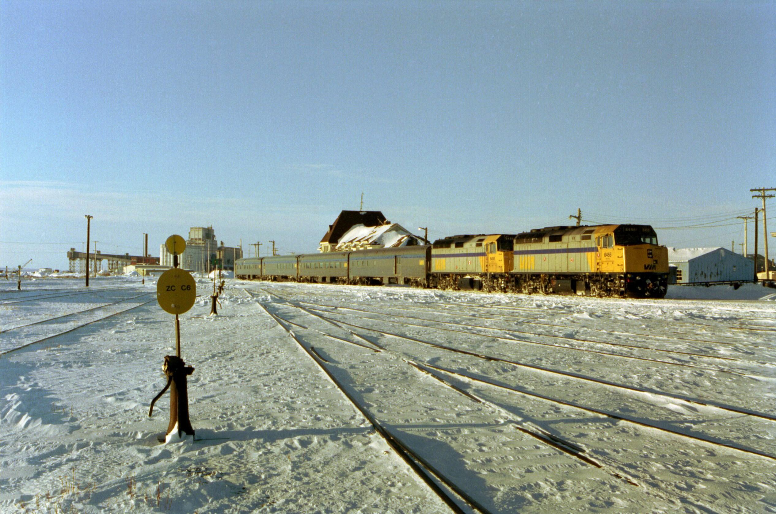 Winnipeg–Churchill train - Wikipedia