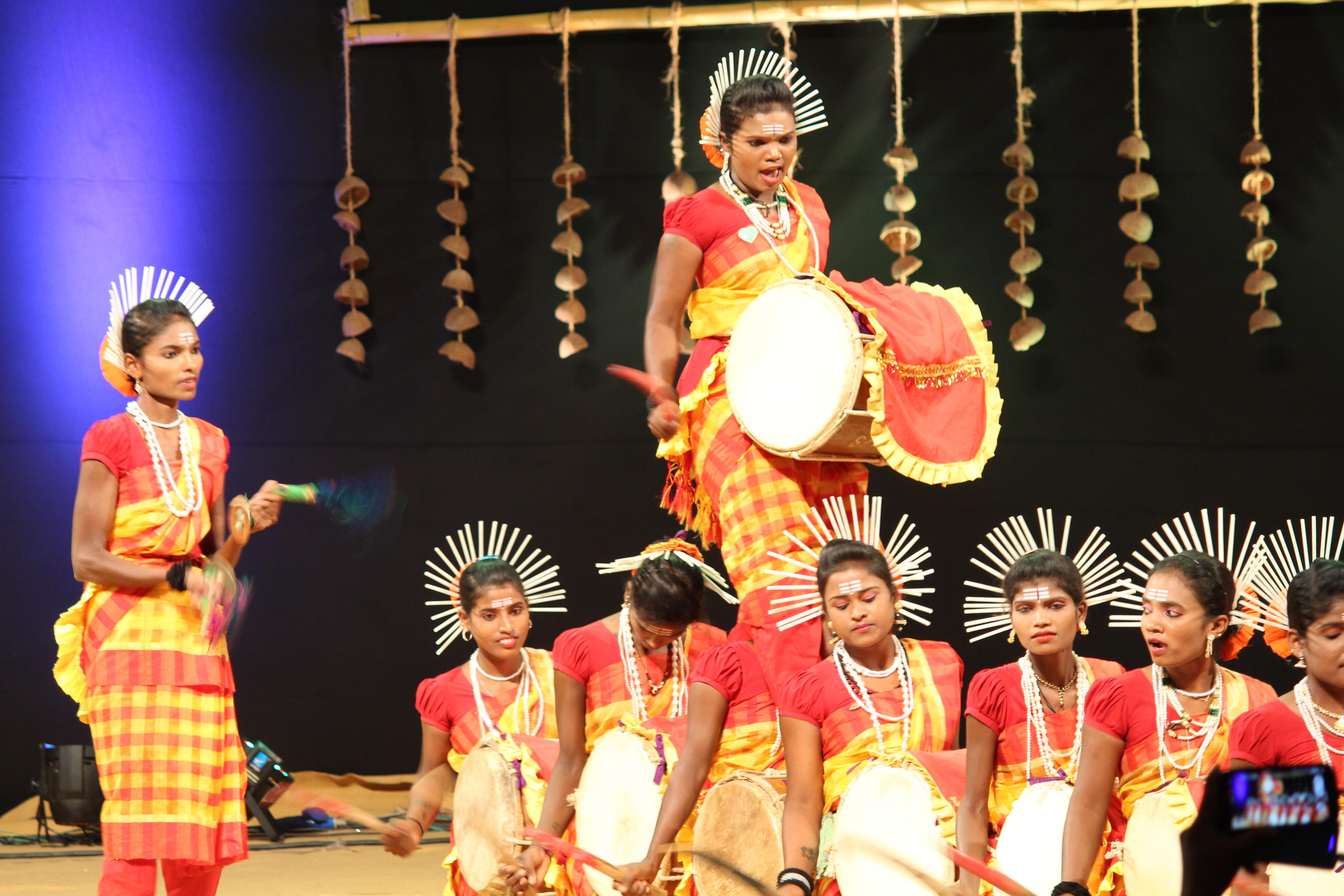 File:dollu kunitha 03. Jpg wikimedia commons.