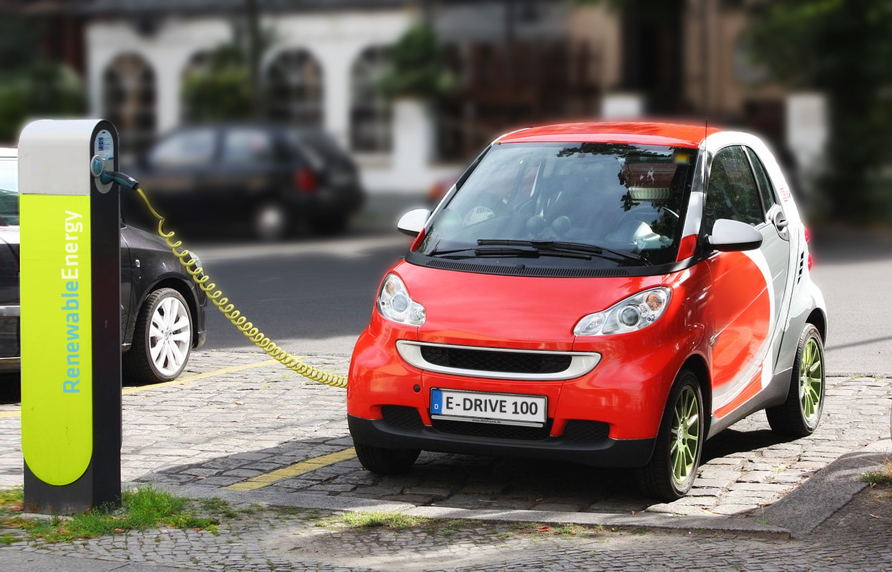 File:Electric Car recharging.jpg - Wikimedia Commons
