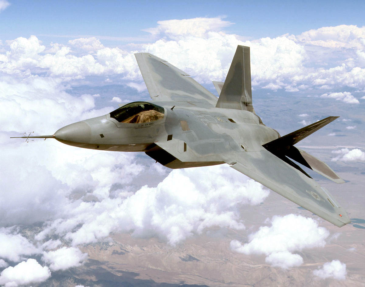 File F 22 Raptor Above Mojave Desert 021105 O 9999g 071 Jpg