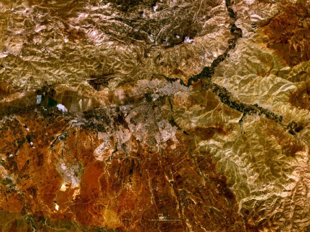 ألبوم صور المغرب (شامل لكل مناطقها Fes_4.99103W_34.03459N.jpg