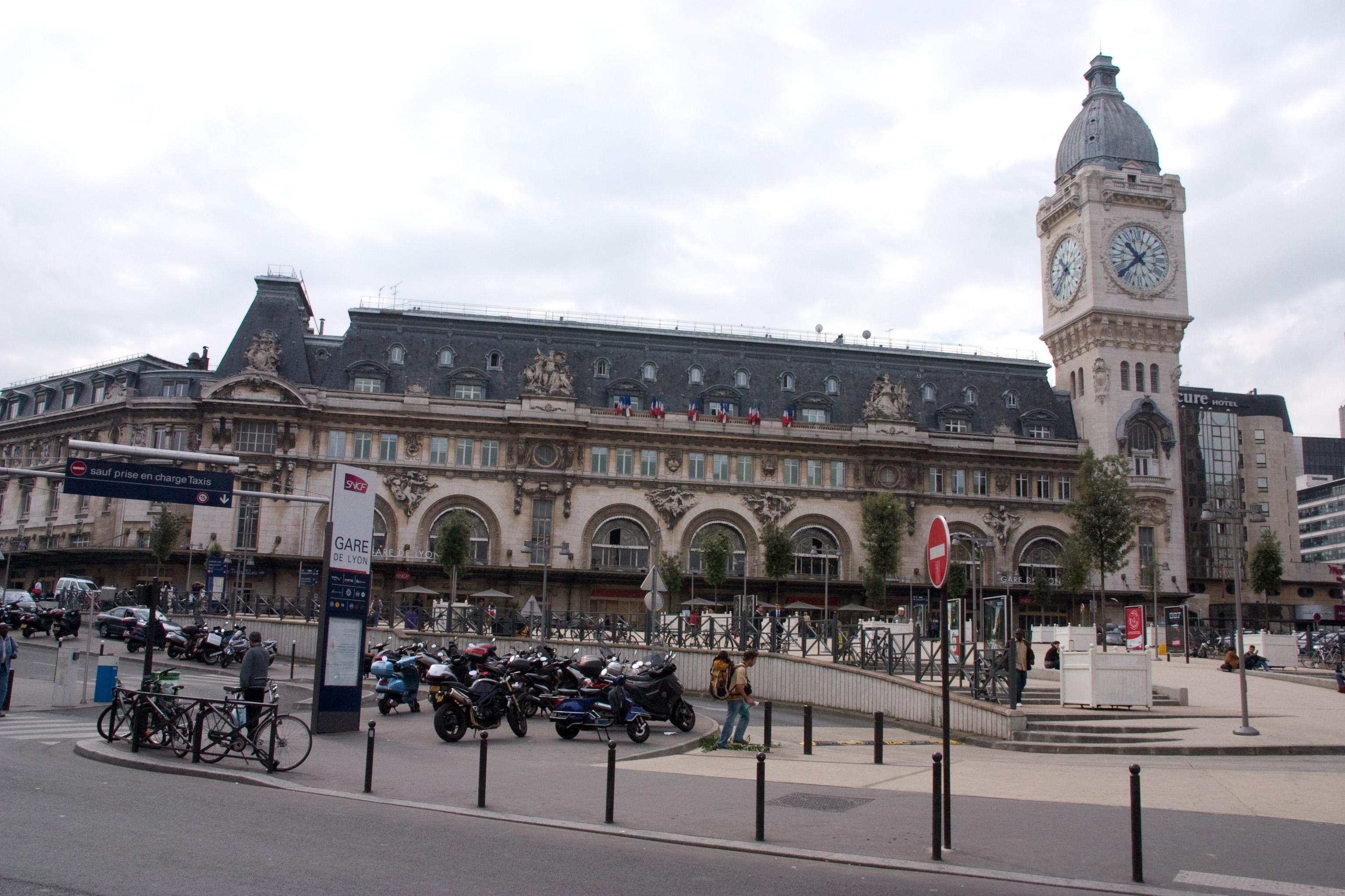 Hotel Paris Gare Lyon