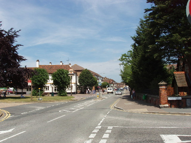 Gerrards Cross town centre from the common - geograph.org.uk - 21047