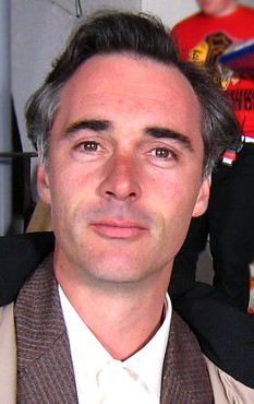 greg wise net worth