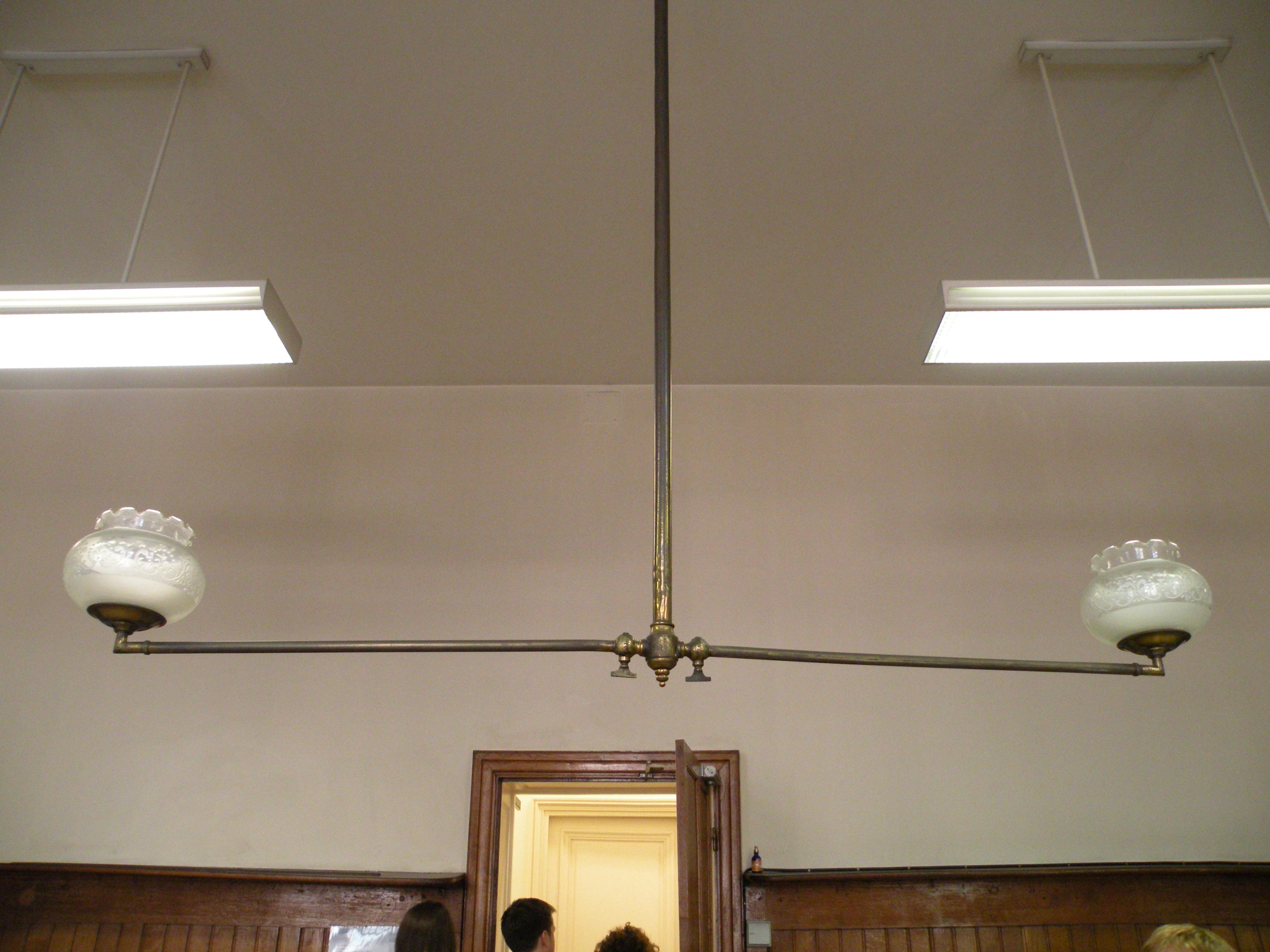 File h tel oberth r lampe wikimedia commons - Lampes de cuisine ...
