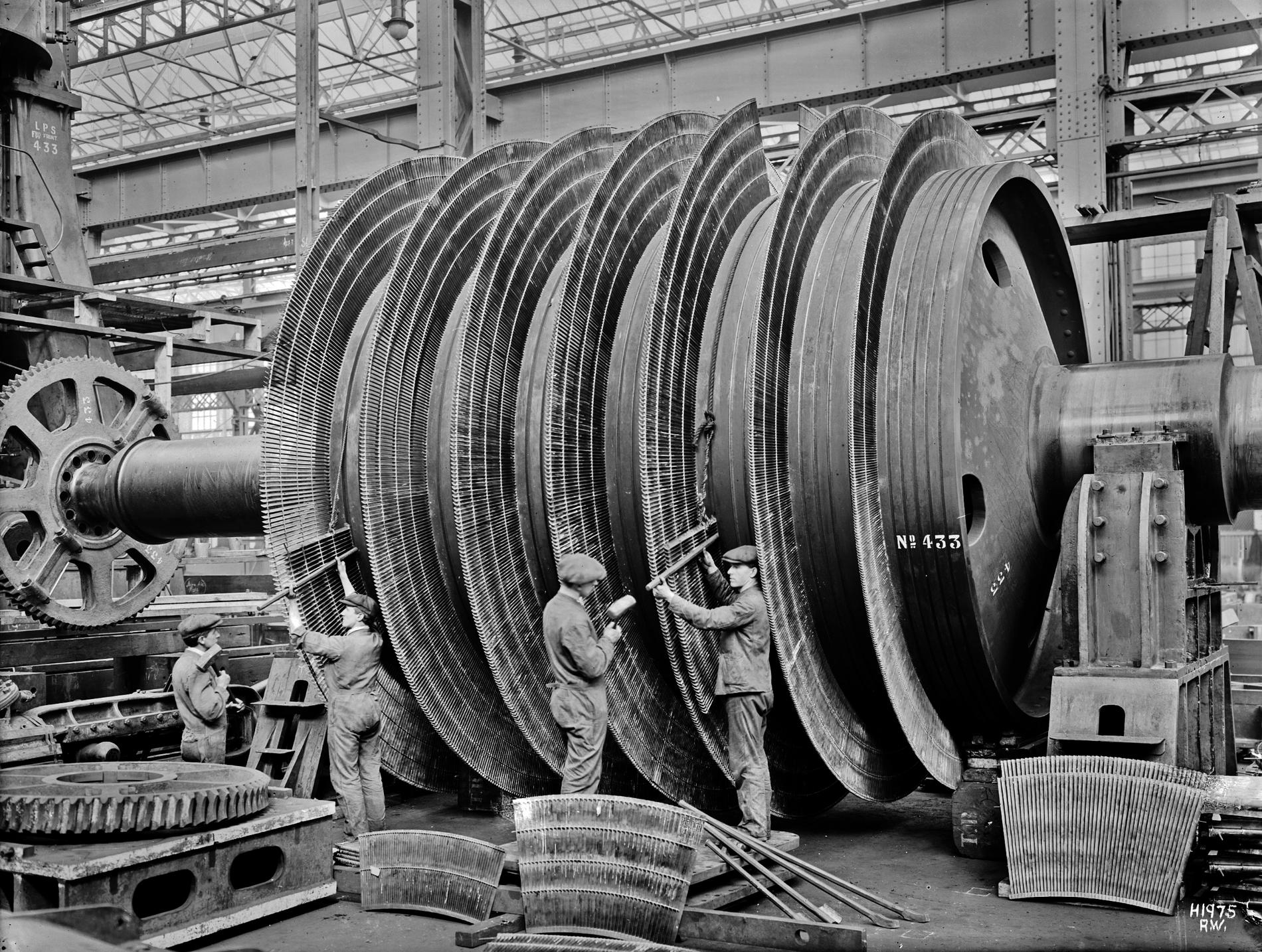 [Image: HMHS_Britannic_turbines_being_assembled.JPG]