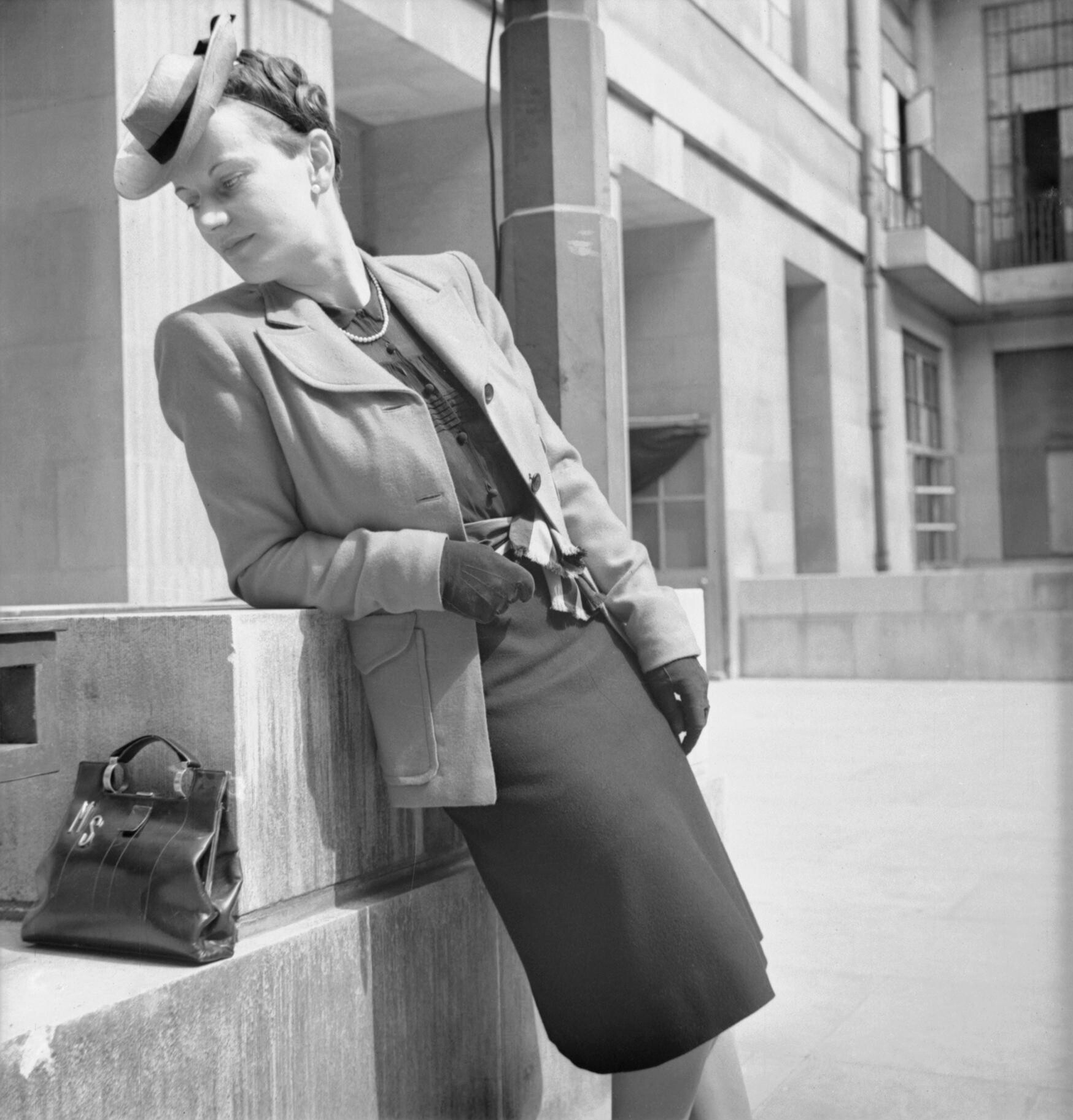 Wartime Fashion Balck Women