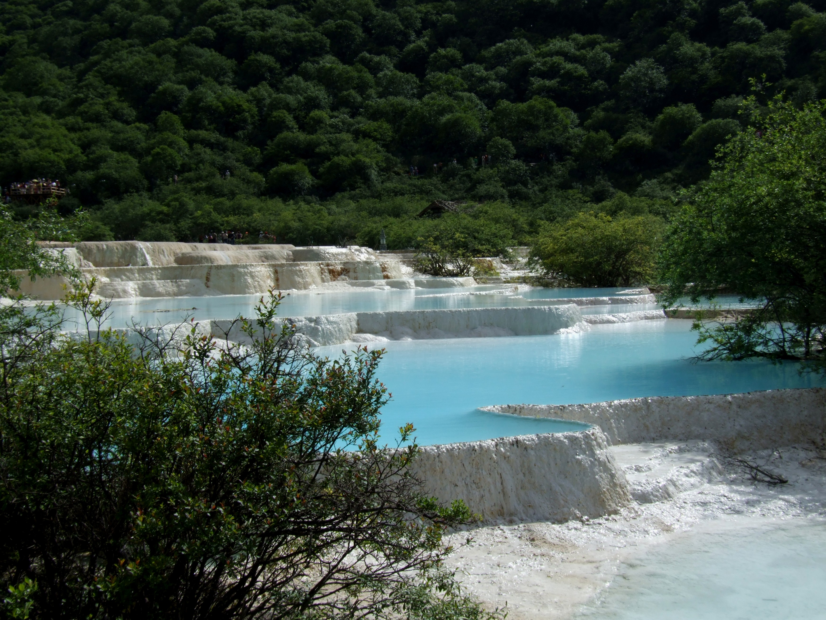 File:Huanglong-calcific-ponds.jpg - Wikimedia Commons