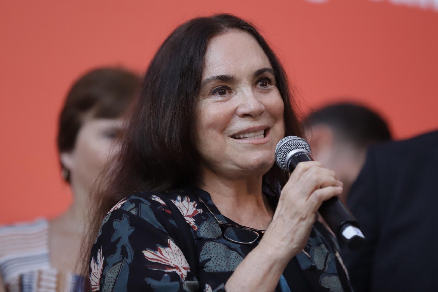 Regina Duarte – Wikipédia, a enciclopédia livre