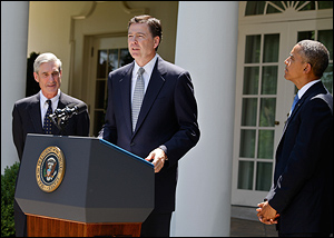 From commons.wikimedia.org: James B. Comey, Mueller and Obama september 2013 at Comey nomination {MID-81749}