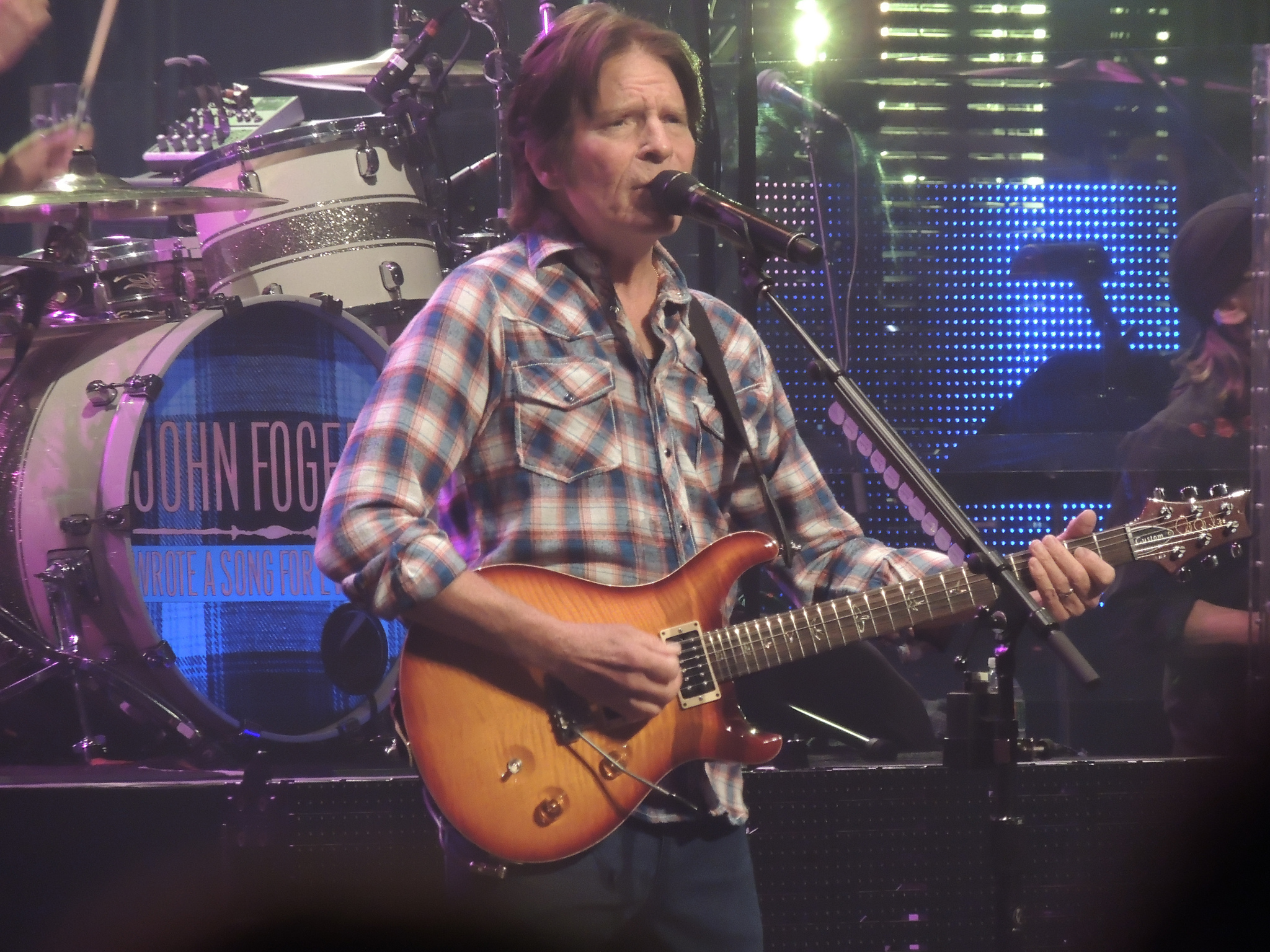 john-fogerty-beacon-theater-2013-11-13-2