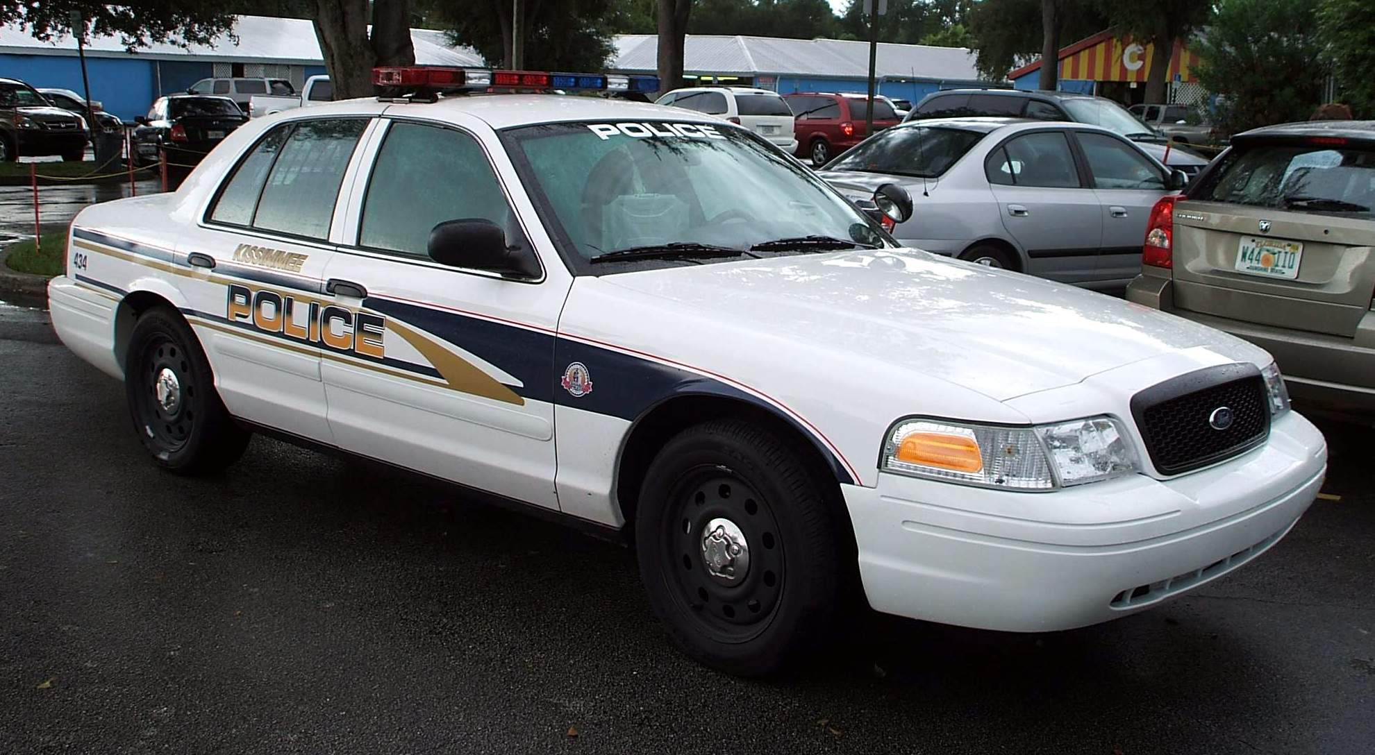 file kissimmee police fl usa ford crown victoria police interceptor jpg