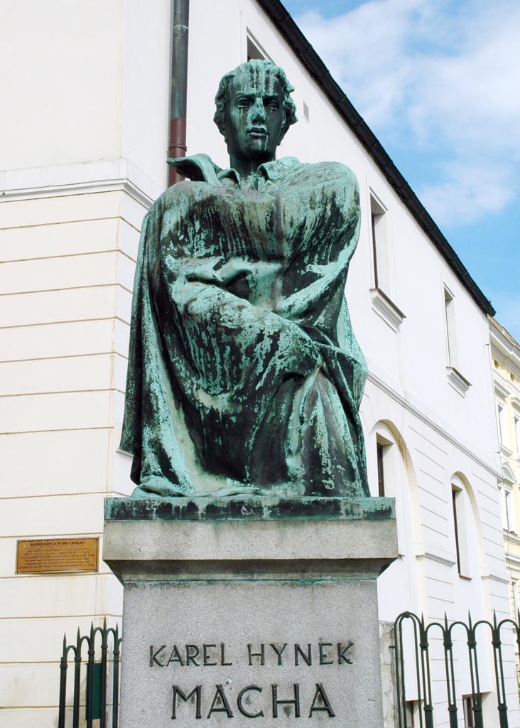 Soubor:Litoměřice,-Máchovy-schody,-socha-K.H.-Máchy.jpg – Wikipedie