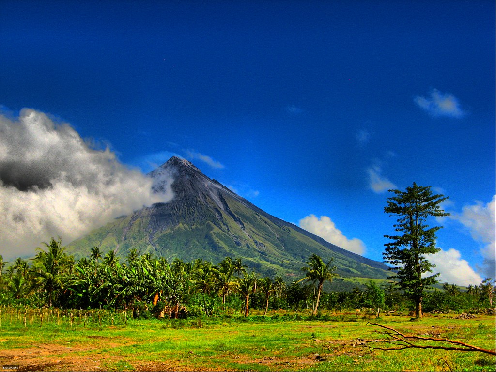 mayon volcano in philippines - photo #5