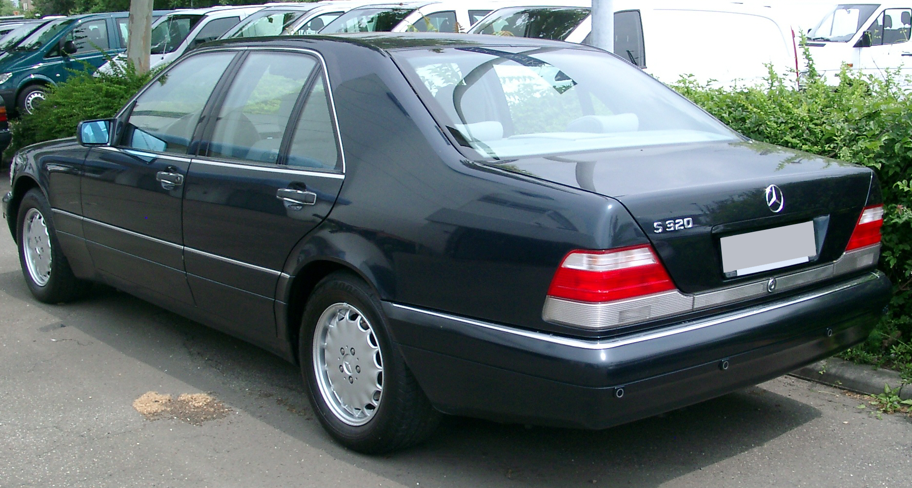 File:Mercedes W140 rear 20070609.jpg
