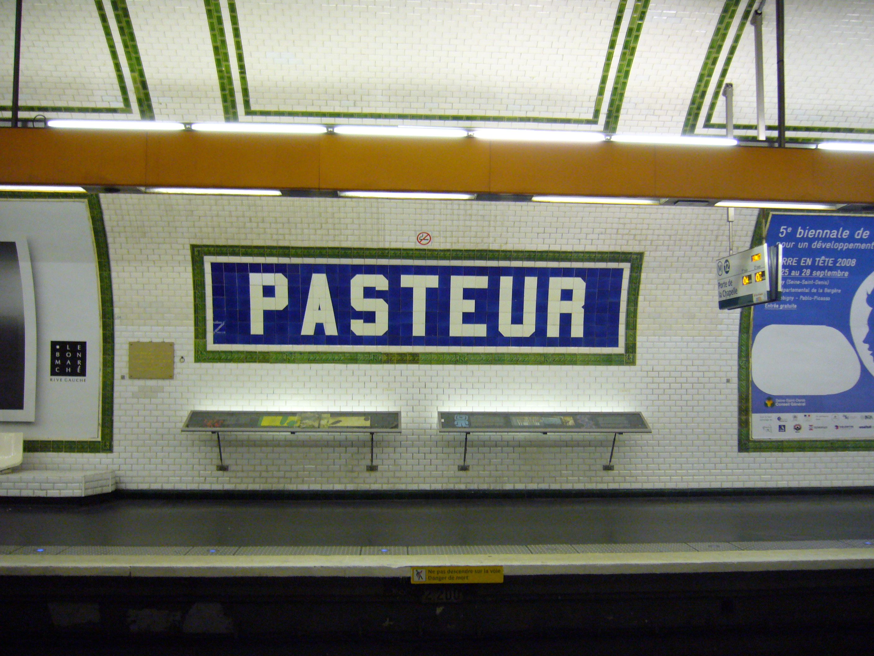 File:Metro Paris - Ligne 12 - Station Pasteur - Faience.jpg ...