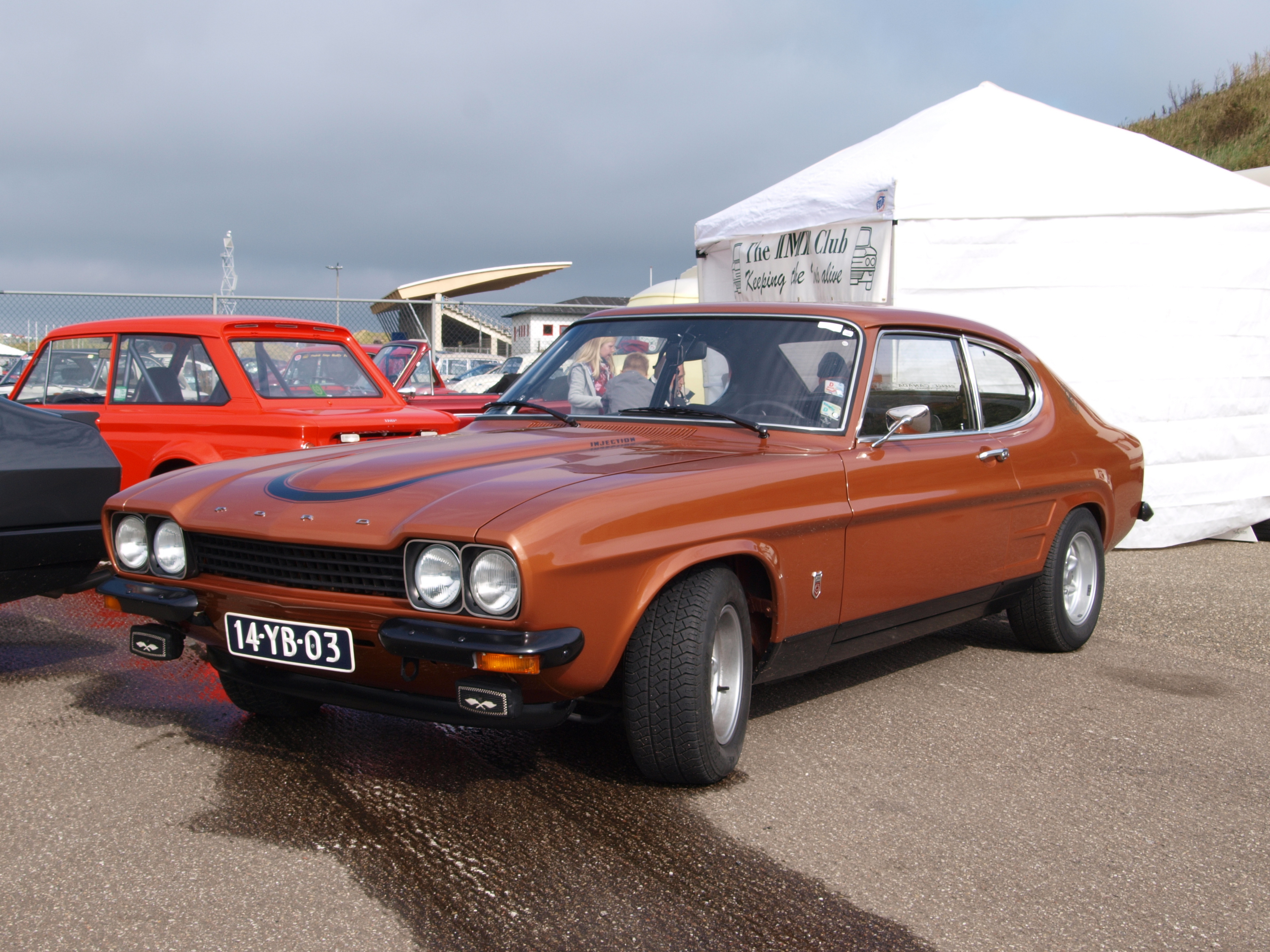 file nationale oldtimerdag zandvoort 2010 1973 ford capri. Black Bedroom Furniture Sets. Home Design Ideas