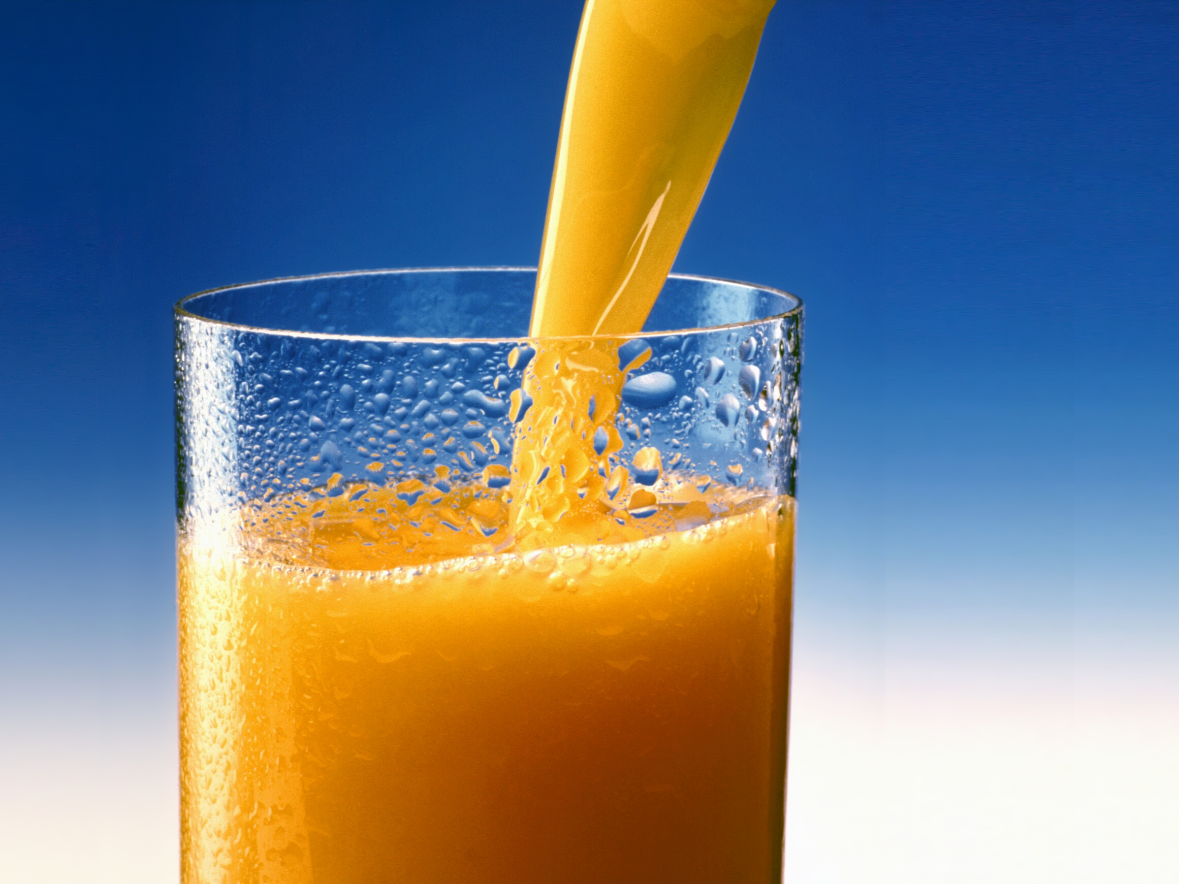fruit juice is a healthy food for babies under 1 year
