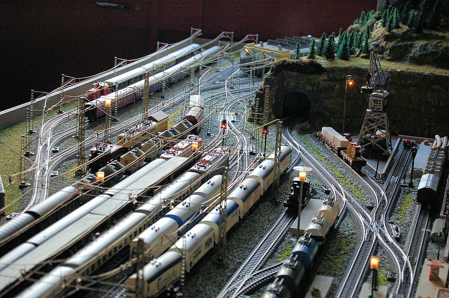 Schema Elettrico Per Plastico Ferroviario : Plastico ferroviario modellismo ferroviario