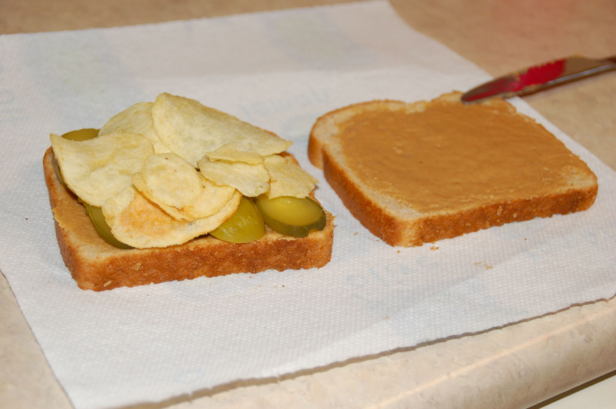 pregnancy craving potato chips peanut butter pickle sandwich