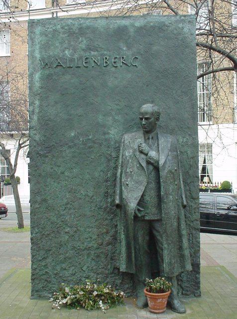 http://upload.wikimedia.org/wikipedia/commons/6/6b/Raoul_Wallenberg_memorial_London.jpg