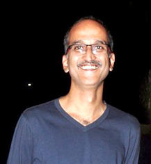 Rohan Sippy in 2015.jpg
