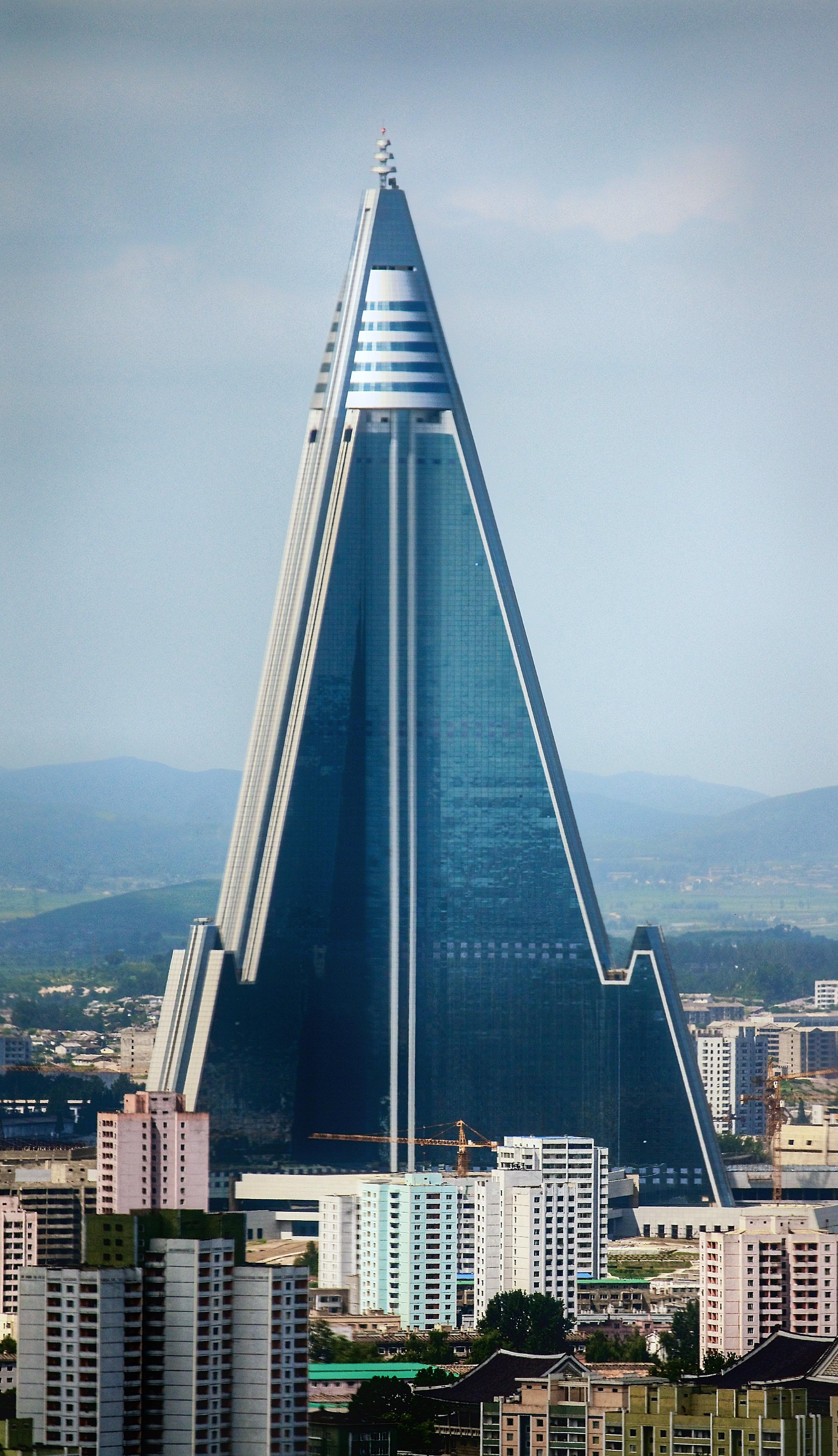 Ryugyong Hotel - Wikipedia