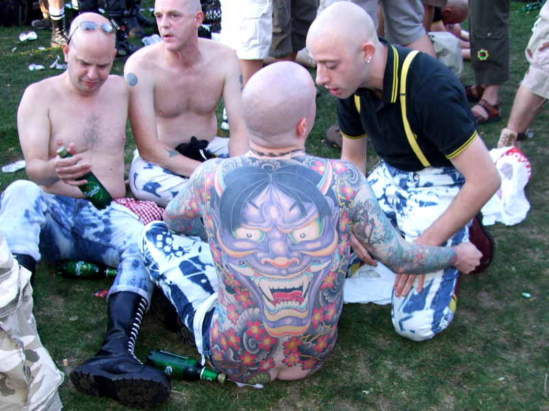 http://upload.wikimedia.org/wikipedia/commons/6/6b/Skinheads_and_tattoo.jpg