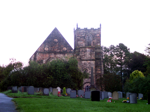 Fichier:St Mary's church, 11th century, Tutbury.jpg