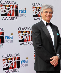 English: Stefano Mainetti Brit Awards Picture ...