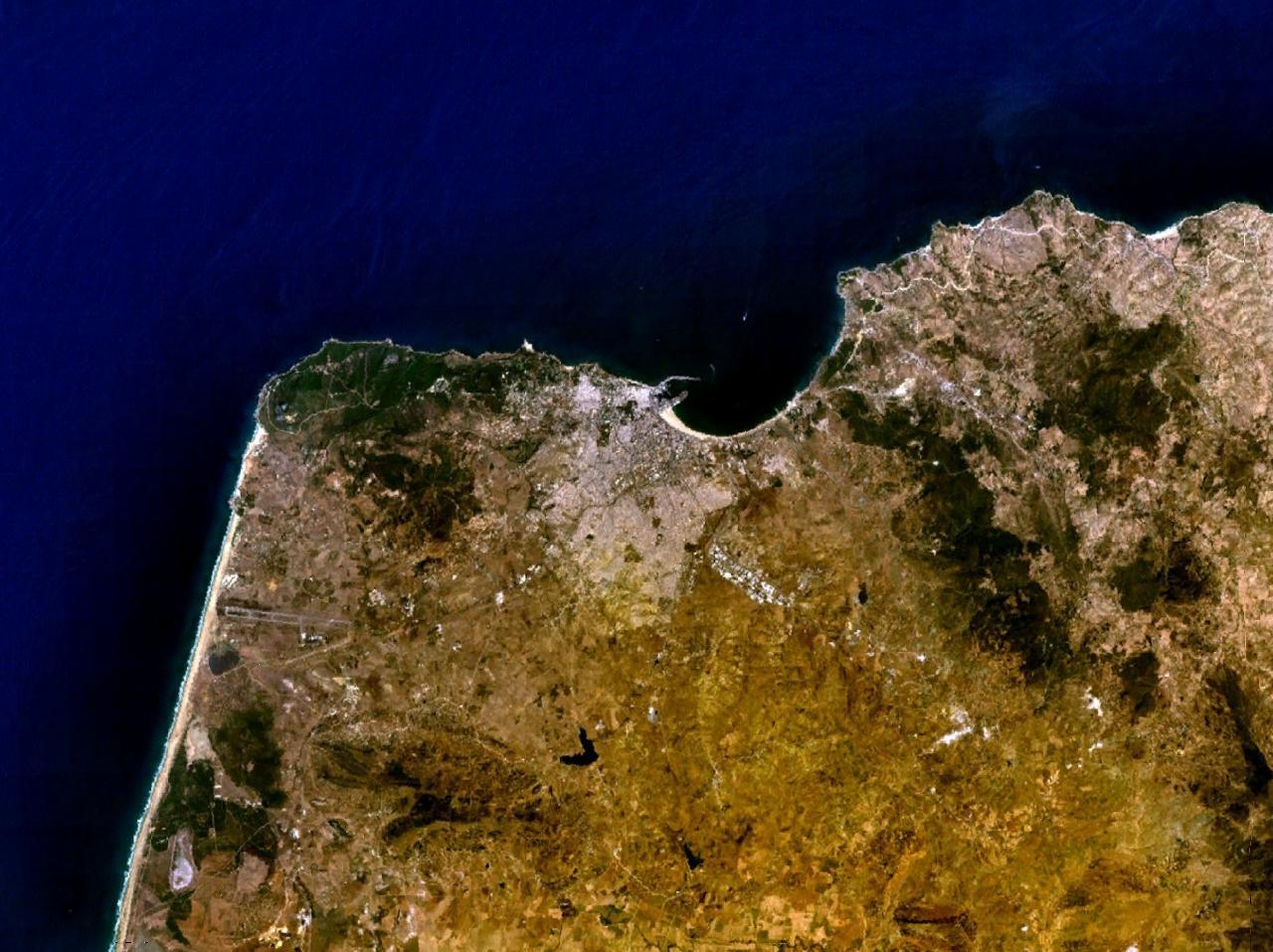 ألبوم صور المغرب (شامل لكل مناطقها Tanger_5.81290W_35.76619N.jpg
