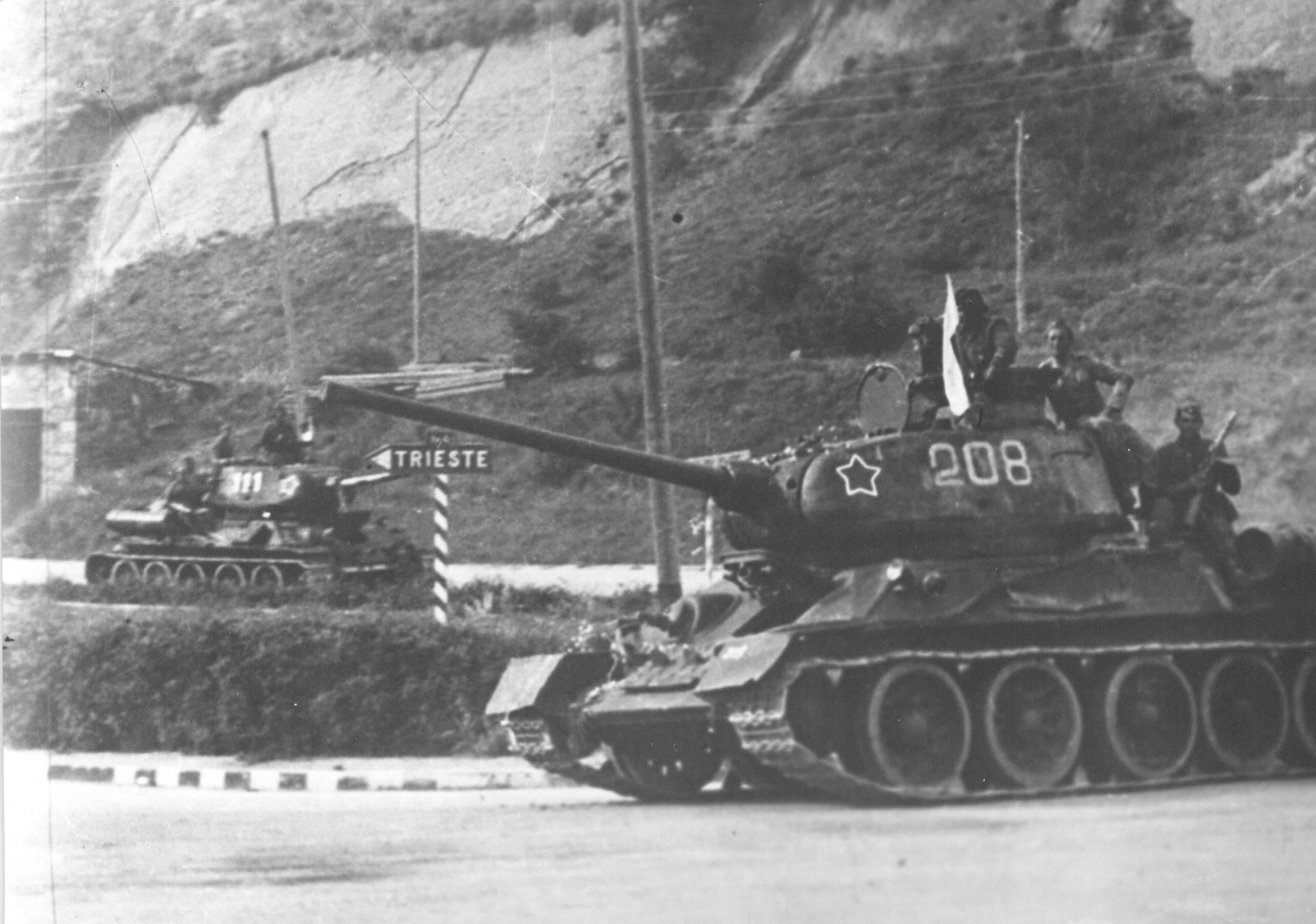 Tito's T 34-85s enter Trieste