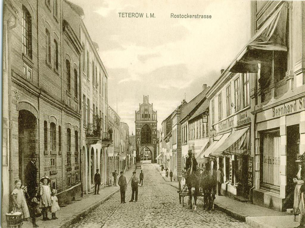 Teterow Rostockerstrasse.jpg